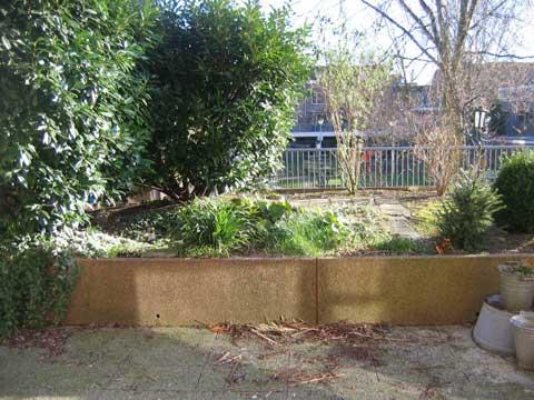 Perfect steeds vaker zien we tuinen met verhoogde borders for Schutting intratuin